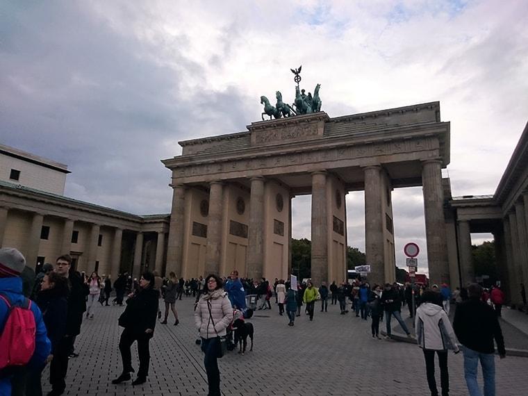 Avio Karta Berlin.Berlin 45 Povratna Avio Karta Iz Nisa Jeftino Putuj